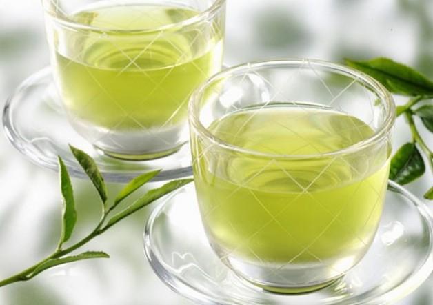 У чому укладена користь зеленого чаю