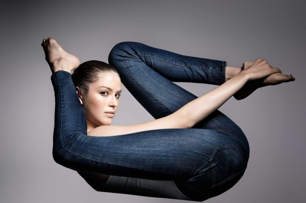 Проблеми, які стануть підсумком носіння стягуючого і синтетичного одягу
