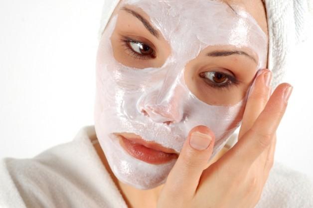 Рекомендації з нанесення масок і кремів