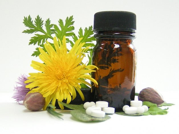 Правильне лікування геморою народними засобами: перевірені рецепти знахарів